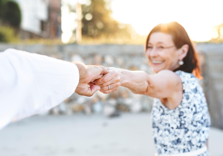 www.alyzme.se hjälper dig hitta enkla hälsotest du kan göra hemma - studie om HPV-test för att upptäcka livmoderhalscancer hos äldre kvinnor