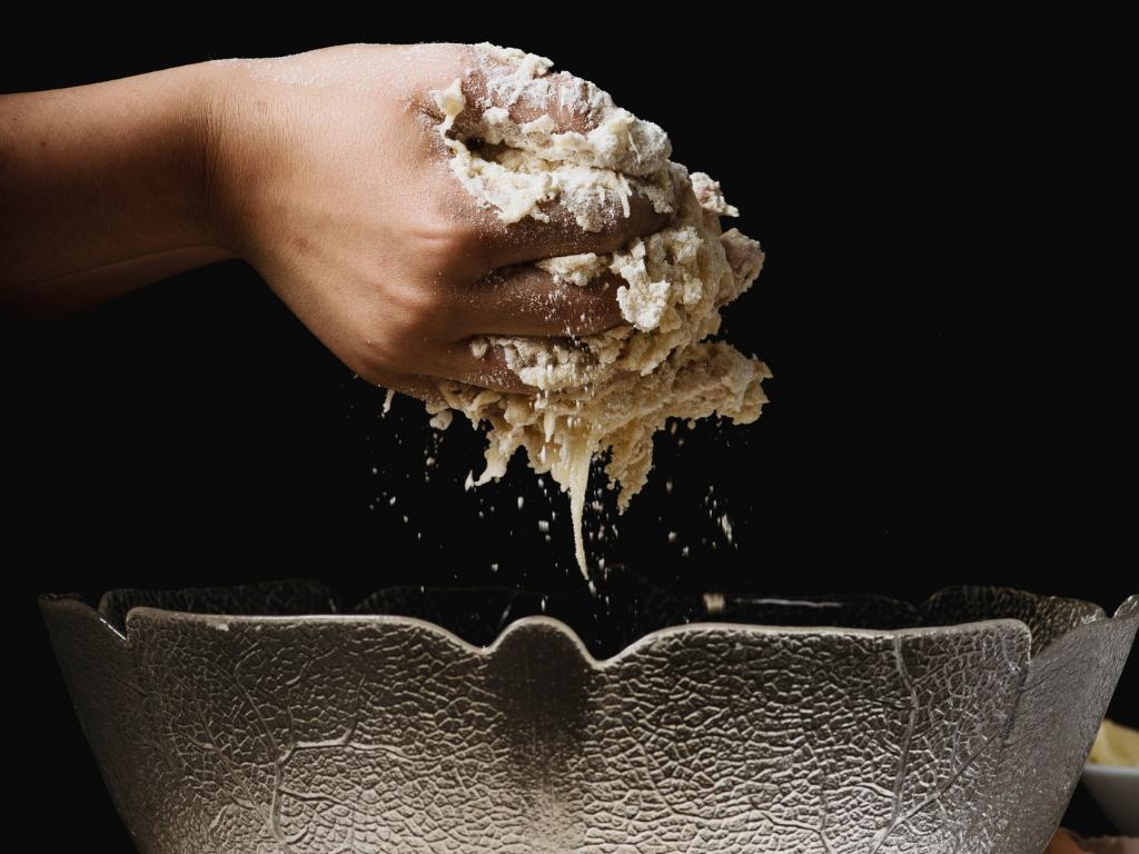 Bakar man med surdeg kan glutennivån i brödet sjunka - www.alyzme.se testa din hälsa hemma.