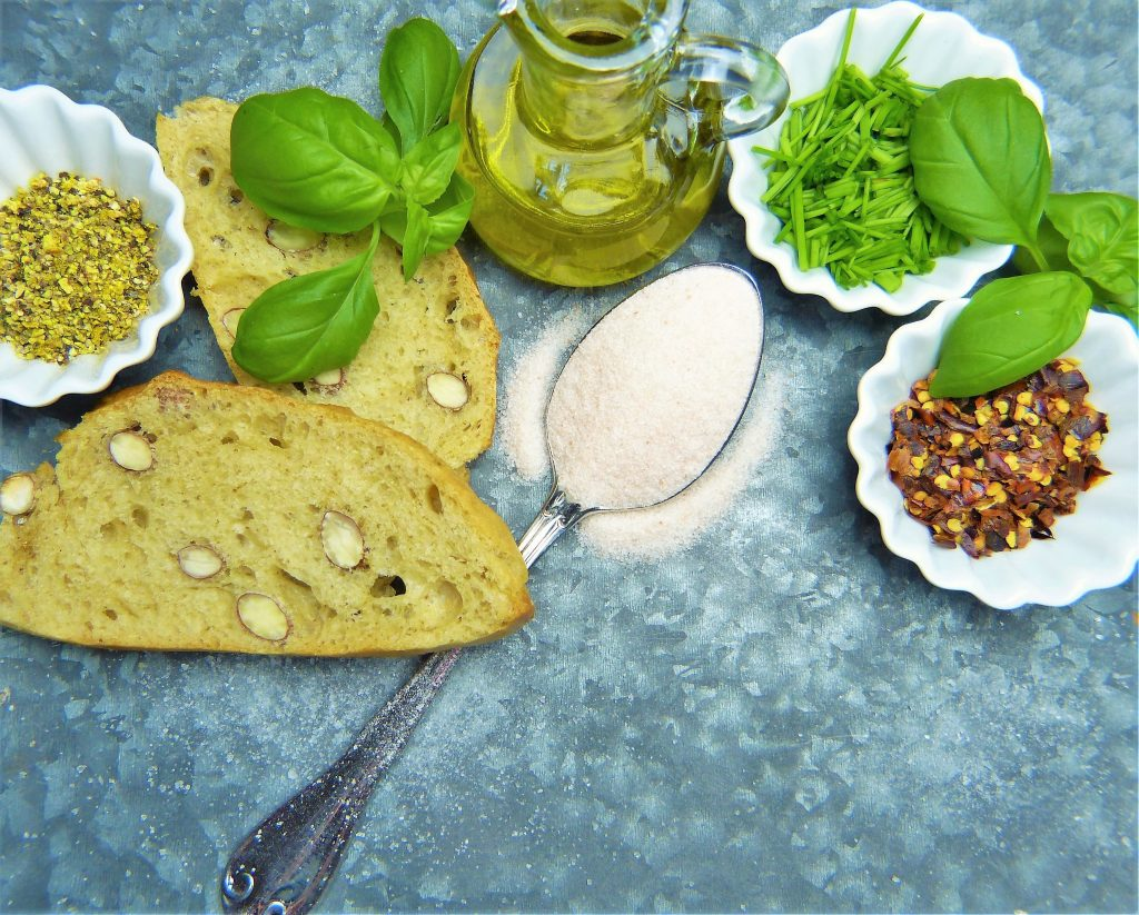 Det är möjligt att äta gott även utan gluten - analysera din glutenintolerans hemma med självtest via alyzme.se