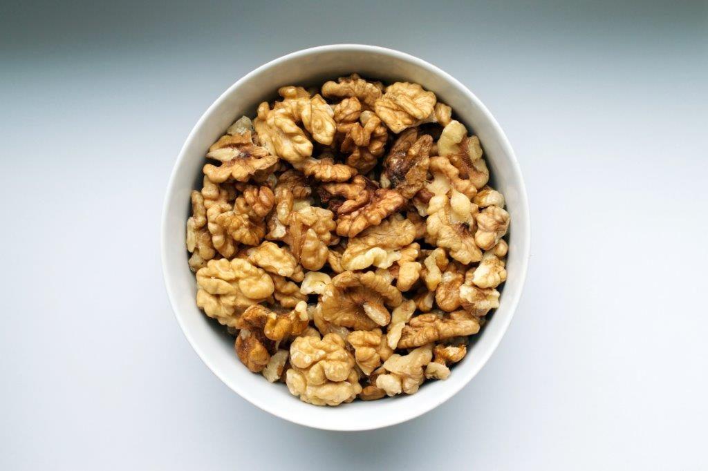 Valnötter är bland de rikaste källorna på ALA Omega 3 - www.alyzme.se hjälper dig hitta självtest för din hälsa